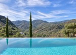 5 Pool with views