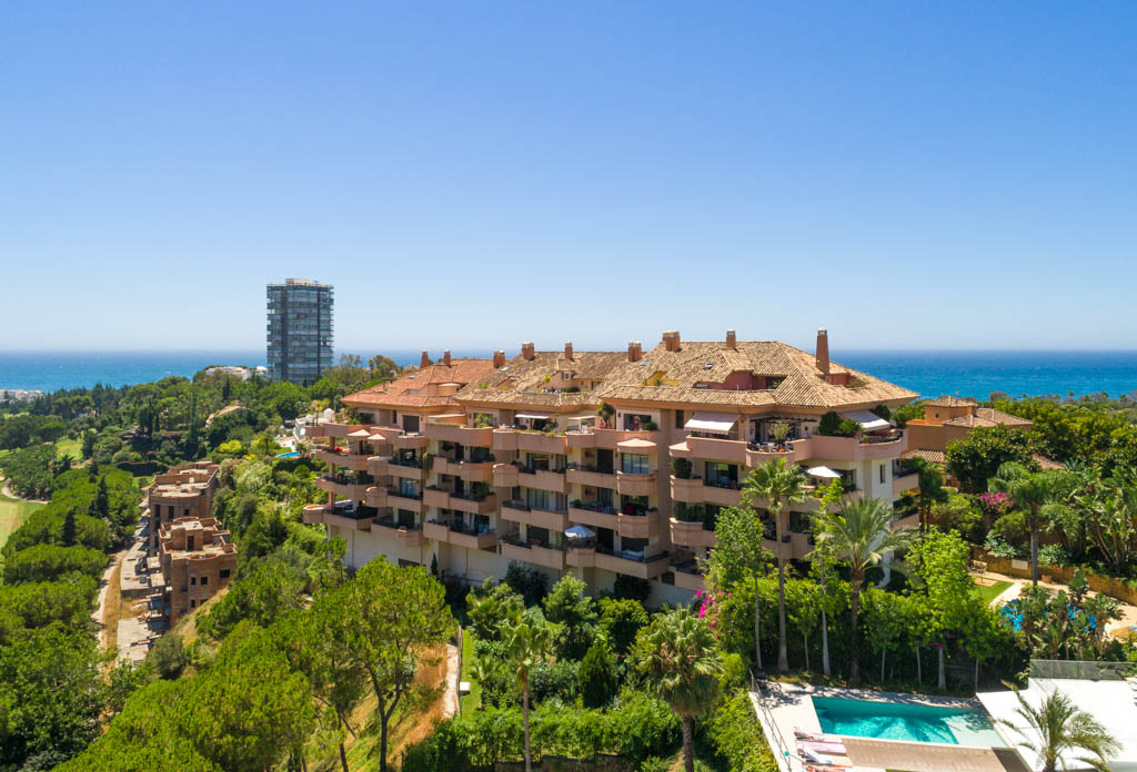 Unique penthouse rio real, golf, sea, panoramic views, duplex, sun, beach, trocadero, private, luxury, security, stunning, beaches, airport, close, bargain