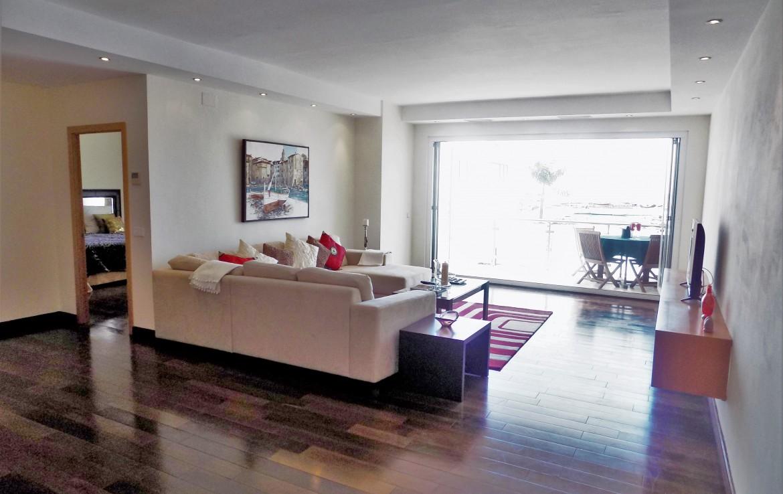 Frontline Puerto Banus - fully renovated apartment, 2 bedroom, beachfront, puerto banus, yachts, gucci, los bandidos, newscafe, luxury, investment, sea, sun