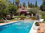 charming villa for rent, private, benahavis, golf, green, quiet, easy access, security, sun, sea, beach, mountain, forest, pets, luxury, rustic, traditional