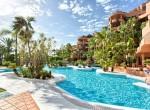 36 Hotel pool-3
