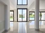 4 high ceilings