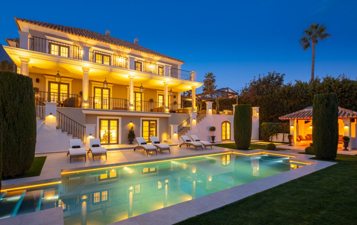Brand New Villa Sierra Blanca, Marbella, luxury, modern, scandinavian, sun, beach, security, golden mile, investment opportunity, turnkey, furnished, sea
