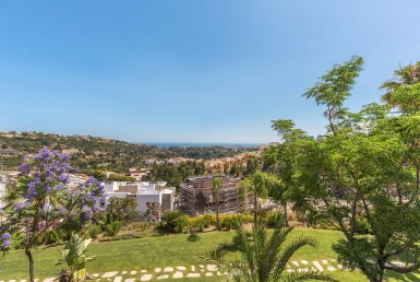 modern, apartment, alcuzcuz, benahavis, reserva de alcuzcuz, zagaleta, marbella, costa del sol, luxury, gated, sea views, sun, beach, mountain, forest, sun