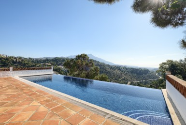el madroñal villa open views, sea views, benahavis, la zagaleta, panoramic views, infitnity pool, marbella, costa del sol, luxury, modern, fix to flip, gated