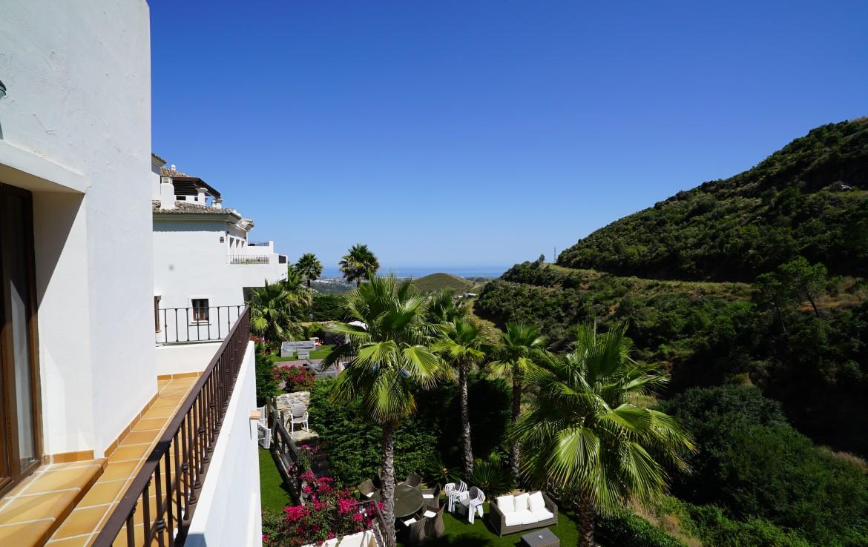 modern 4br villa in benahavis hills, 24hr security, panoramic views, benahavis, luxury, modern, benahavis hills and country club, sea, sun, marbella, sea